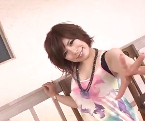 Ririsu Ayaka makes magic with her warm holes