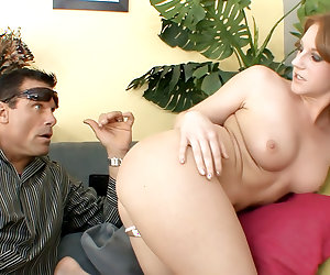 Young Juicy Pussy, Scene 04