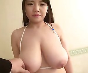 Busty Japanese Paizuri (Titty Fuck) Girl 1-1