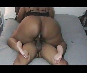 superthick big booty mama