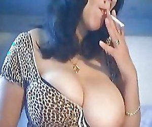 Smoking Pussy