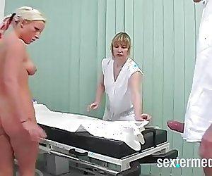 Frauenarzt fickt Patientin ANAL!