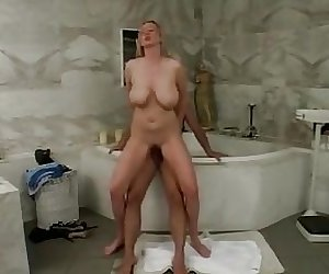 couple has sex in bath