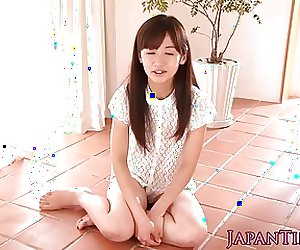 Petite japanese babe pussylicked and fucked