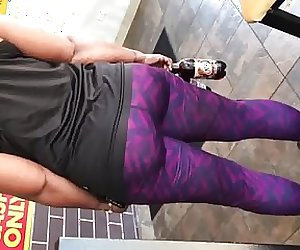 Cum on thick ebony milf