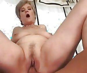 Hot grany sex4!