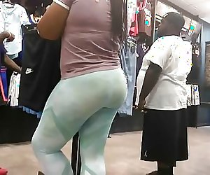 Phat Ass Booty in Leggings (G-string VPL)